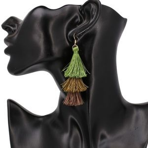 Chic & Trendy Bohemian 3-Layer Tassel Earrings NEW